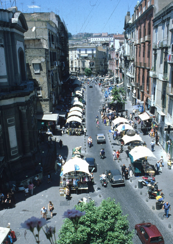 Riqualificazione via Vergini -strada mercato Napoli